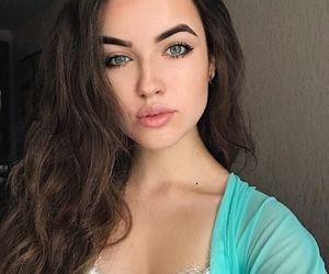 eyebrows, fashion, and girl image