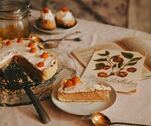 food, autumn, and cake image