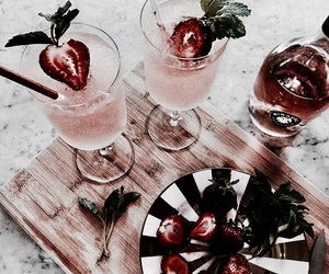 drink, food, and strawberry image