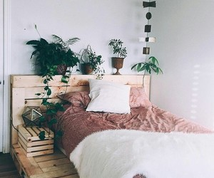 aesthetic, bed, and girls image