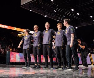 caps, league of legends, and broxah image