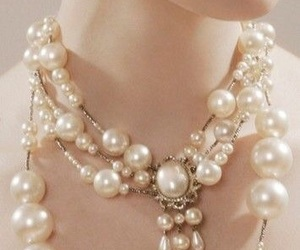 beautiful, jewelry, and pearl image