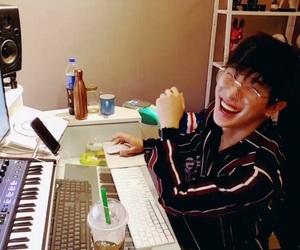 wonho, kpop, and shin hoseok image