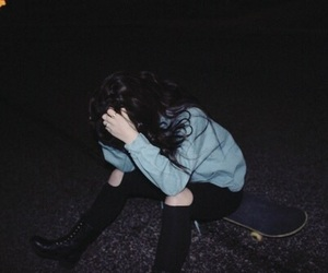 grunge, girl, and dark image