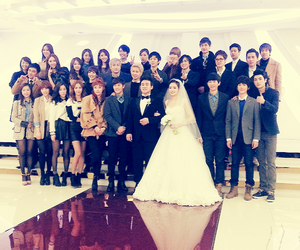 kevin, z:ea, and ้heechul image