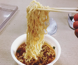 eat, food, and noodle image