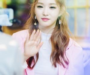 idol, korean, and pink image