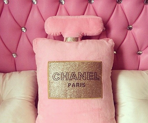 pink, chanel, and bed image