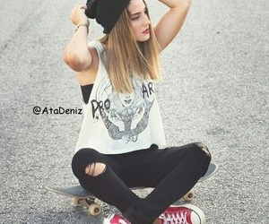 beret, hair, and shoes image