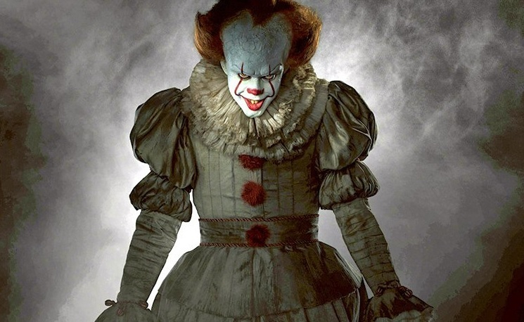 article, Stephen King, and clown image