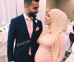 couple and pregnant image
