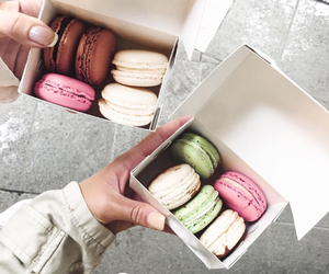 food, aesthetic, and ‎macarons image