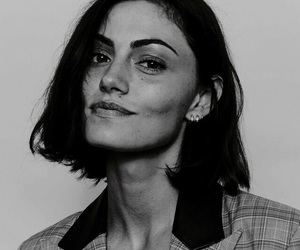 phoebe tonkin, fashion, and model image