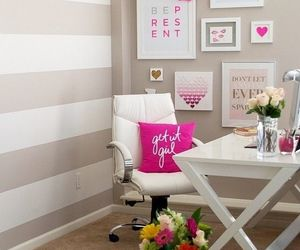 girl, office, and pink image