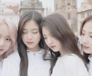 heejin, hyunjin, and korean image