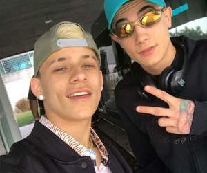 chave, pedrinho, and hariel image