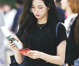 jisoo, blackpink, and kpop image