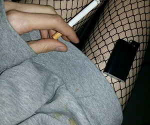 cigarette, grunge, and girl image