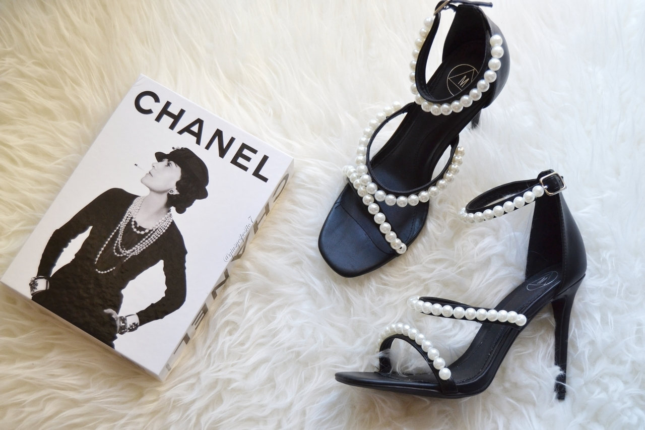 article, asos, and chanel image