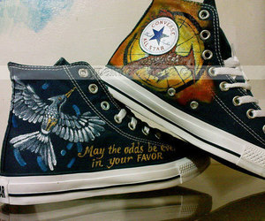 painted canvas shoes image
