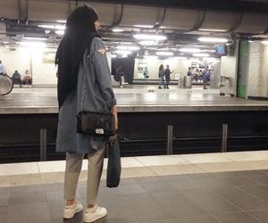 tube, muslima, and métro image
