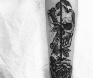 arm tattoo, calavera, and rose image