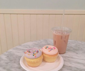 aesthetic, drink, and pastel image