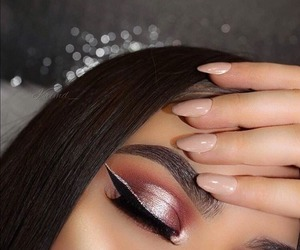 glitter, make up, and eyeliner goals image