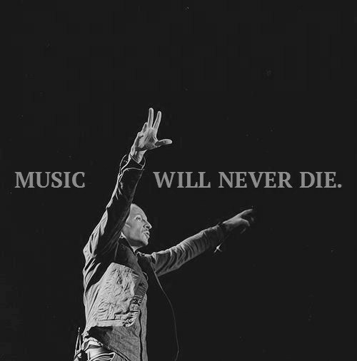 linkin park, music, and chester bennington image