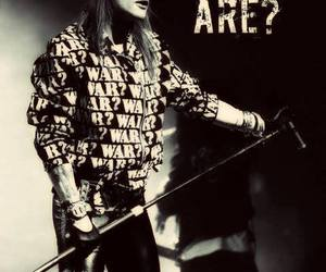 Guns N Roses, welcome to the jungle, and axl rose image