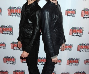 the last shadow puppets, ceremony, and award ceremony image