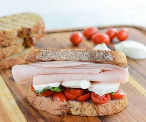 basil, tomatoes, and sandwich image