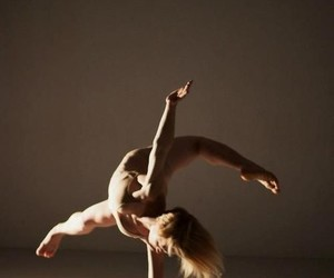 contemporary dance, dance, and dancer image