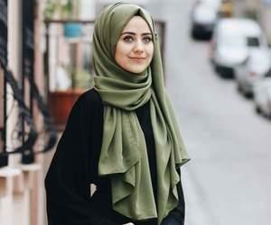 hijab and محجبات image
