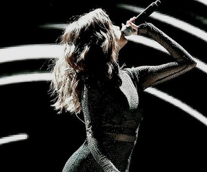 selena gomez and revival tour image