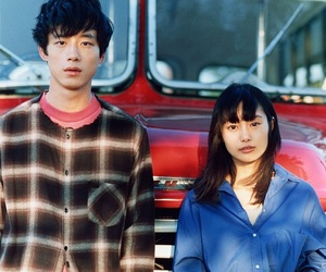 忽那汐里 and 坂口健太郎 image