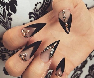 black, moda, and nail art image