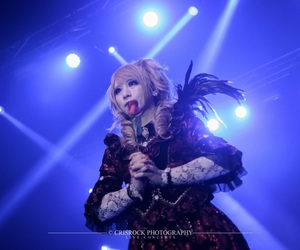 Hizaki and versailles image