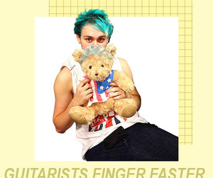 wallpapers, luke hemmings, and 5 seconds of summer image