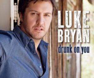 luke bryan and drunk on you image
