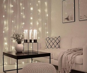 candles, kissen, and couch image