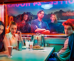 Why Riverdale is NOT that great