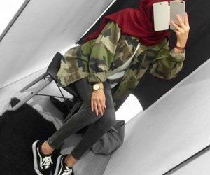 hijab, summer, and hijabista image