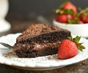 chocolate, dessert, and strawberry image