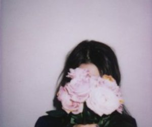 brunette, indie, and roses image