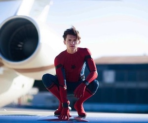 Marvel, tomholland, and spiderman image