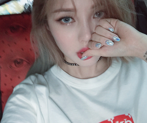 ulzzang, aesthetic, and girl image
