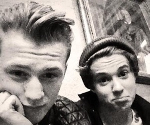 the vamps and tradley image