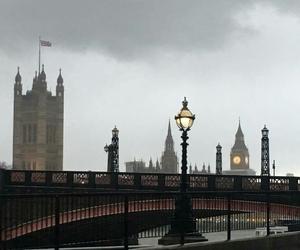 day, rainy, and london image