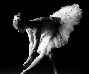 b&w and ballet image